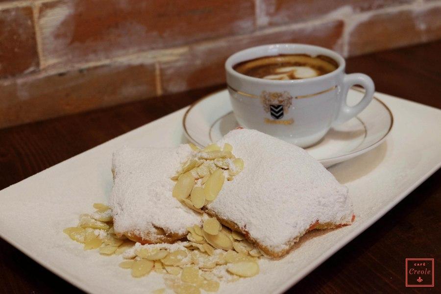 cafe au lait + beignets-5